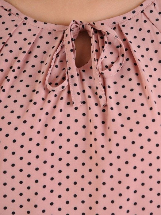 Sukienka w groszki, luźna kreacja z falbanami 25694