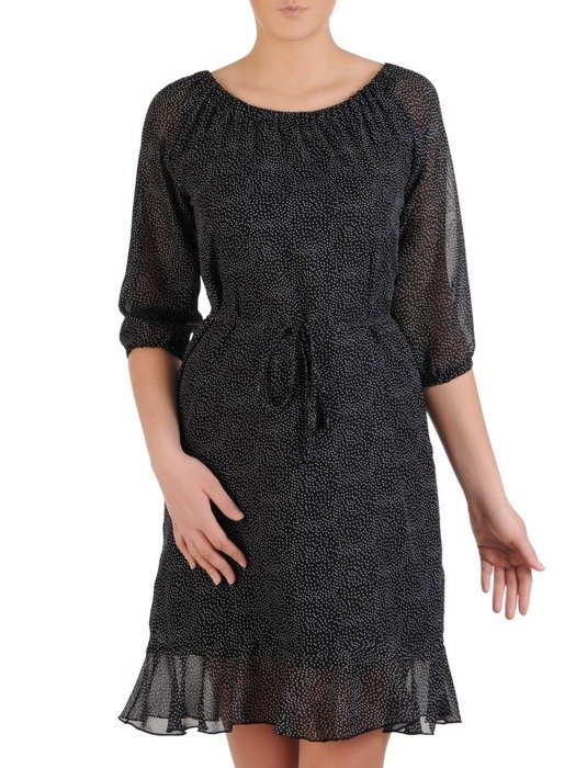 Sukienka w groszki, zwiewna kreacja z falbanami 25427