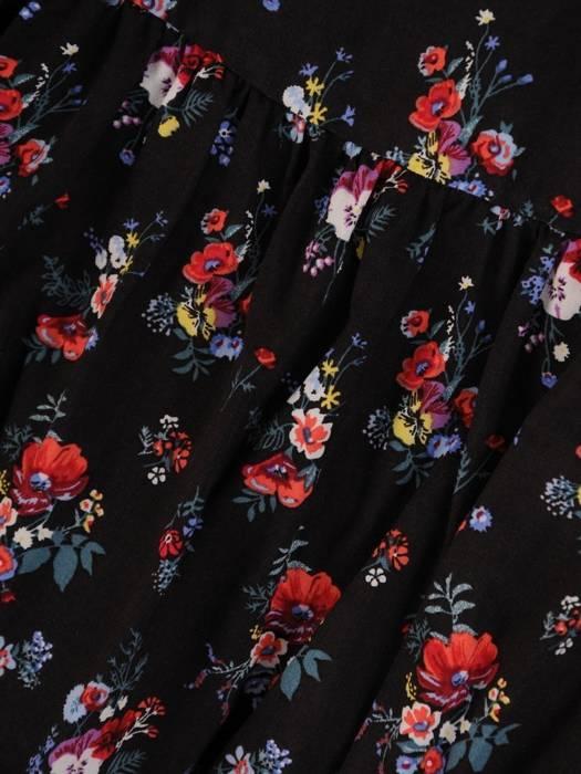 Sukienka w kwiaty, luźna kreacja z falbanami 26470