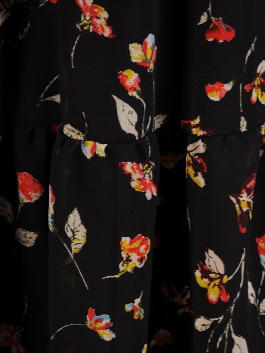 Sukienka w kwiaty, rozkloszowana kreacja kopertowa 25941