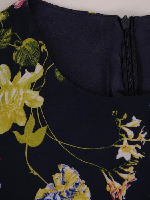 Sukienka w kwiaty, zwiewna kreacja z szyfonu 20724.