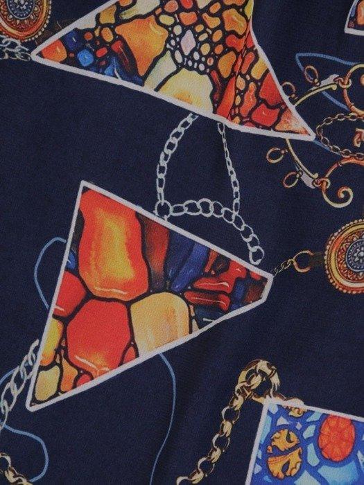 Sukienka wiosenna, zwiewna kreacja z ozdobną falbaną 25431