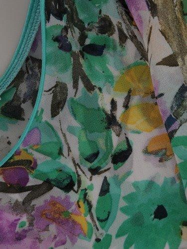 Sukienka wyszczuplająca 2w1 15718, prosta kreacja z luźną, szyfonową narzutką.