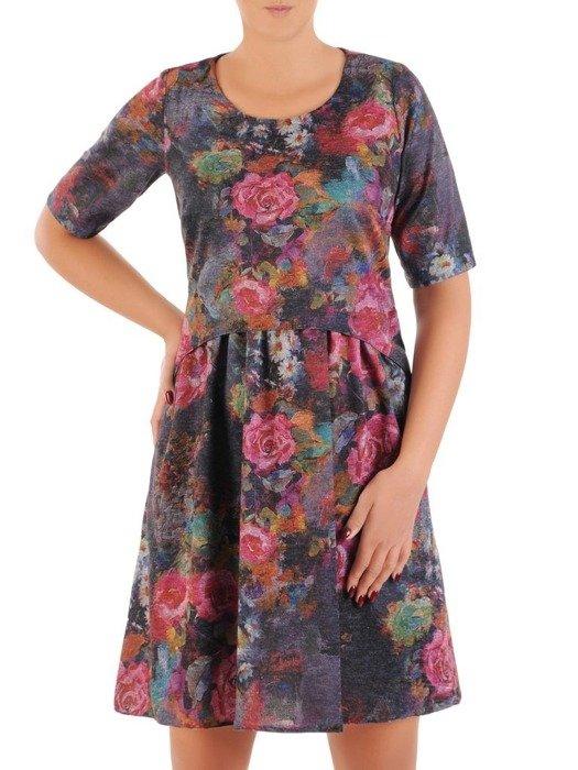 Sukienka z dzianiny, wizytowa kreacja w luźnym fasonie 26799