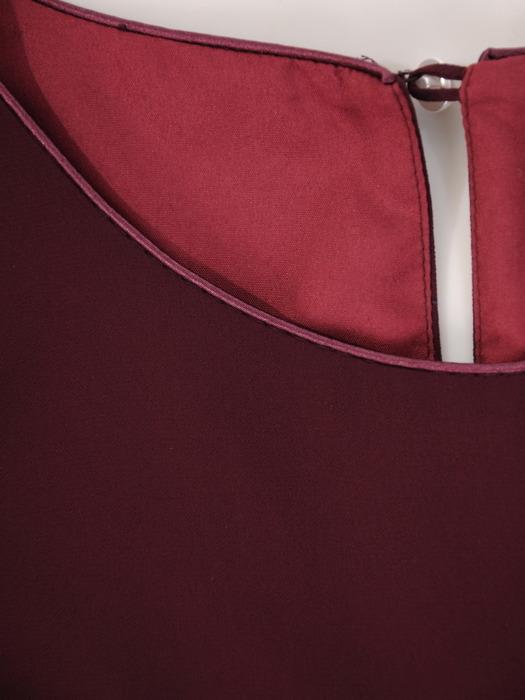 Sukienka z szyfonu, fioletowa kreacja z ozdobnymi rękawami 22353.