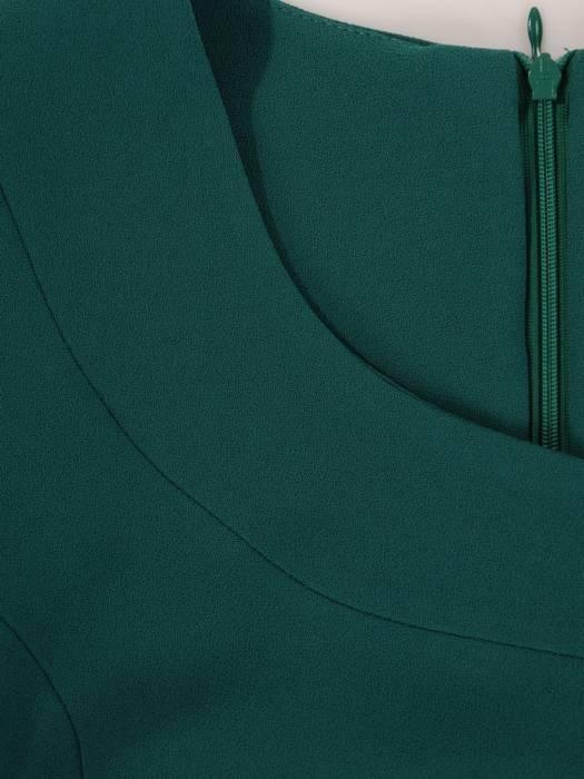 Szmaragdowa sukienka damska, kreacja wyjściowa z ozdobną falbaną 27311