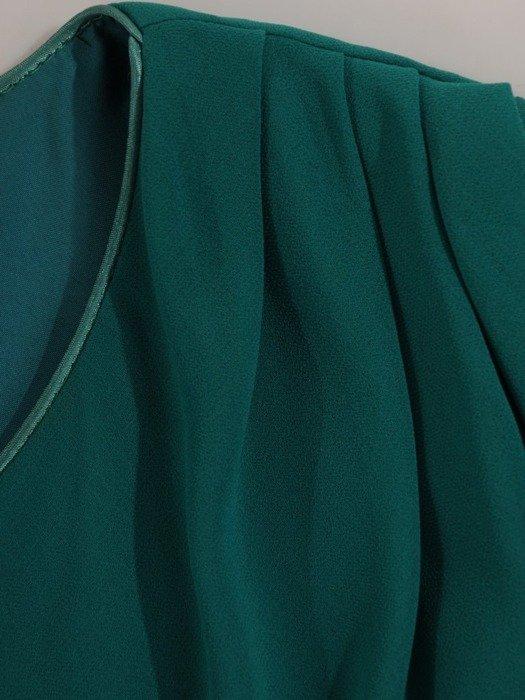Szyfonowa sukienka maxi, kreacja z maskującą narzutką 24358