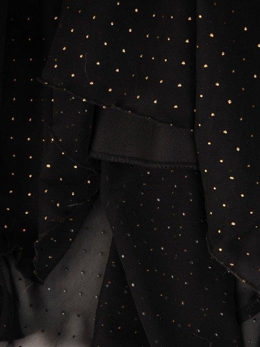Szyfonowa sukienka o długości maxi, kreacja zdobiona dżetami 24318