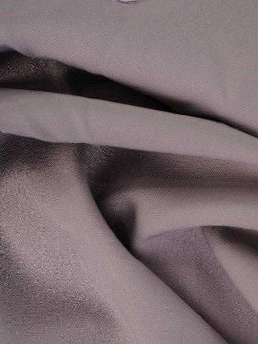 Wieczorowa sukienka wykończona modną koronką 25188