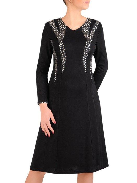 Wieczorowa sukienka z połyskującymi, geometrycznymi wstawkami 19122