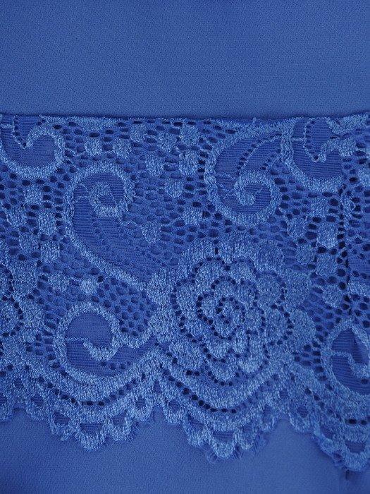 Wizytowa sukienka z koronkową baskinką 17596, elegancka kreacja w modnym kolorze.