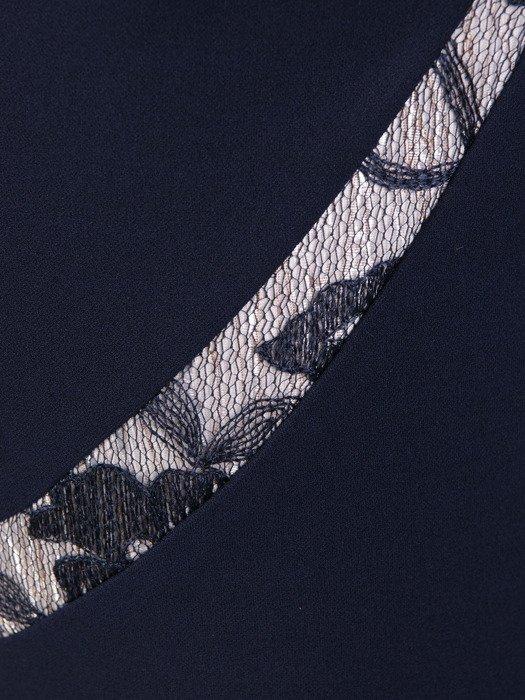 Wyszczuplająca sukienka z efektownymi, koronkowymi wstawkami 18317.