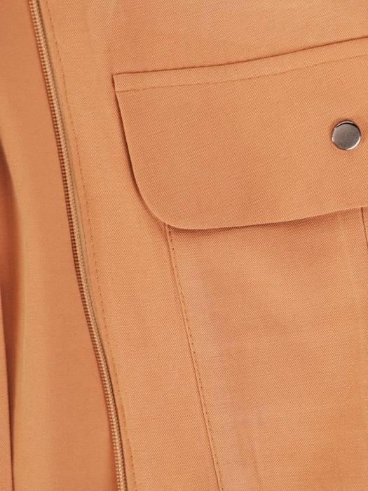 Zapinana bluza na zamek z ozdobnymi kieszeniami 29285