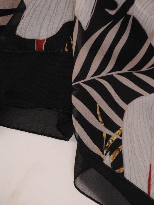 Zwiewna tunika damska w modny wzór 25403