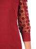 Bordowa, prosta sukienka z bufiastymi rękawami w groszki 30606
