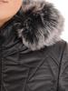 Czarna kurtka damska z ozdobnym futerkiem 30856