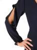 Elegancka sukienka maxi, kreacja z ozdobnymi rozcięciami na rękawach 31233
