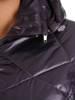 Pikowana kurtka damska na wiosnę w fioletowym kolorze 28338