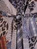 Rozkloszowana sukienka z paskiem, kreacja z gumkami na rękawach 27193