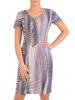 Sukienka w ciekawy wzór, prosty fason z dekoltem w serek 28834