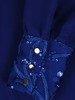 Szyfonowa sukienka z cekinowymi wstawkami, chabrowa kreacja z falbaną 24186