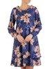 Trapezowa sukienka z szerokim półgolfem, lekka kreacja z wzorzystego szyfonu 24569