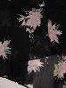 Trapezowa sukienka z szerokim półgolfem, lekka kreacja z wzorzystego szyfonu 24661